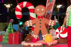 Gingerbread Man for Disney's Holiday Dance Party 2019